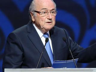 Met: Getuigenis Holleeder, Blatter voor FIFA-commissie, speech Poetin en ALV Ajax