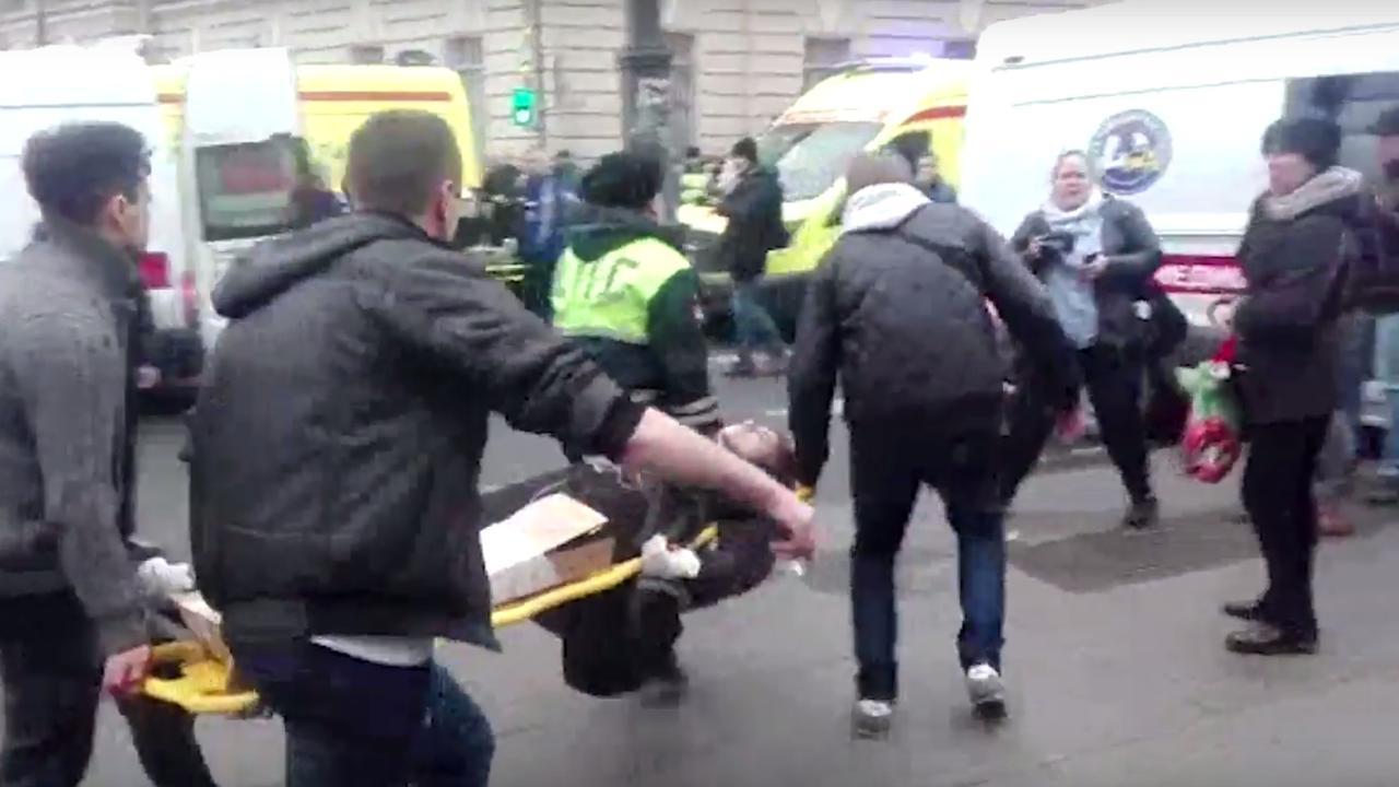 Gewonden explosie metro Sint-Petersburg worden buiten opgevangen
