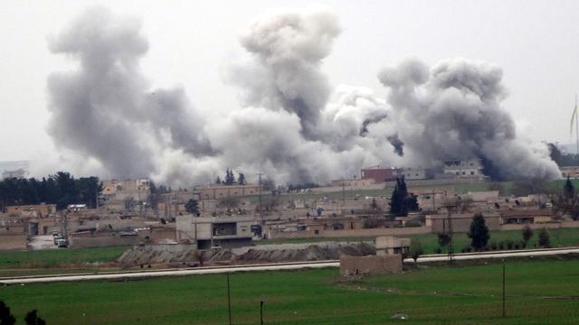 Luchtaanvallen bij Syrische stad Aleppo tijdens staakt-het-vuren