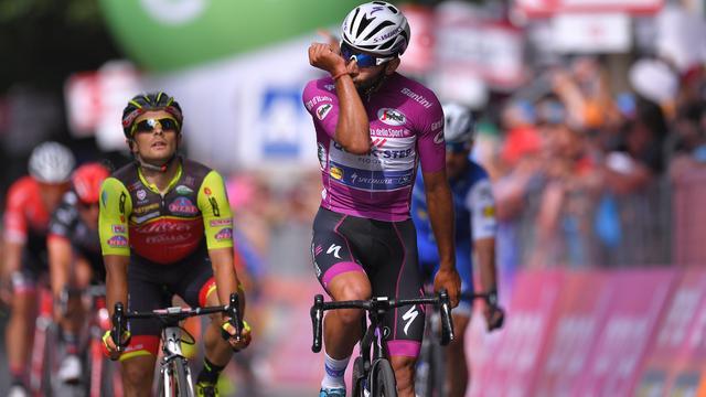 Sprinter Gaviria maakt indruk met derde ritzege in Giro d'Italia
