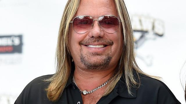 Mötley Crüe-frontman Vince Neil aangeklaagd voor mishandeling