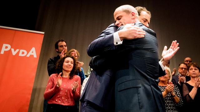 Asscher gekozen als lijsttrekker PvdA, Samsom treedt terug als Kamerlid