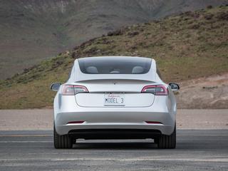 Minimale accucapaciteit Model 3 valt iets lager uit dan bij de Model S en Model X.