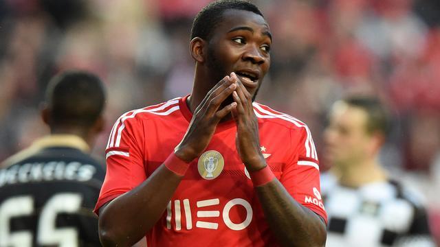 Ola John vertrekt op huurbasis naar Deportivo La Coruña