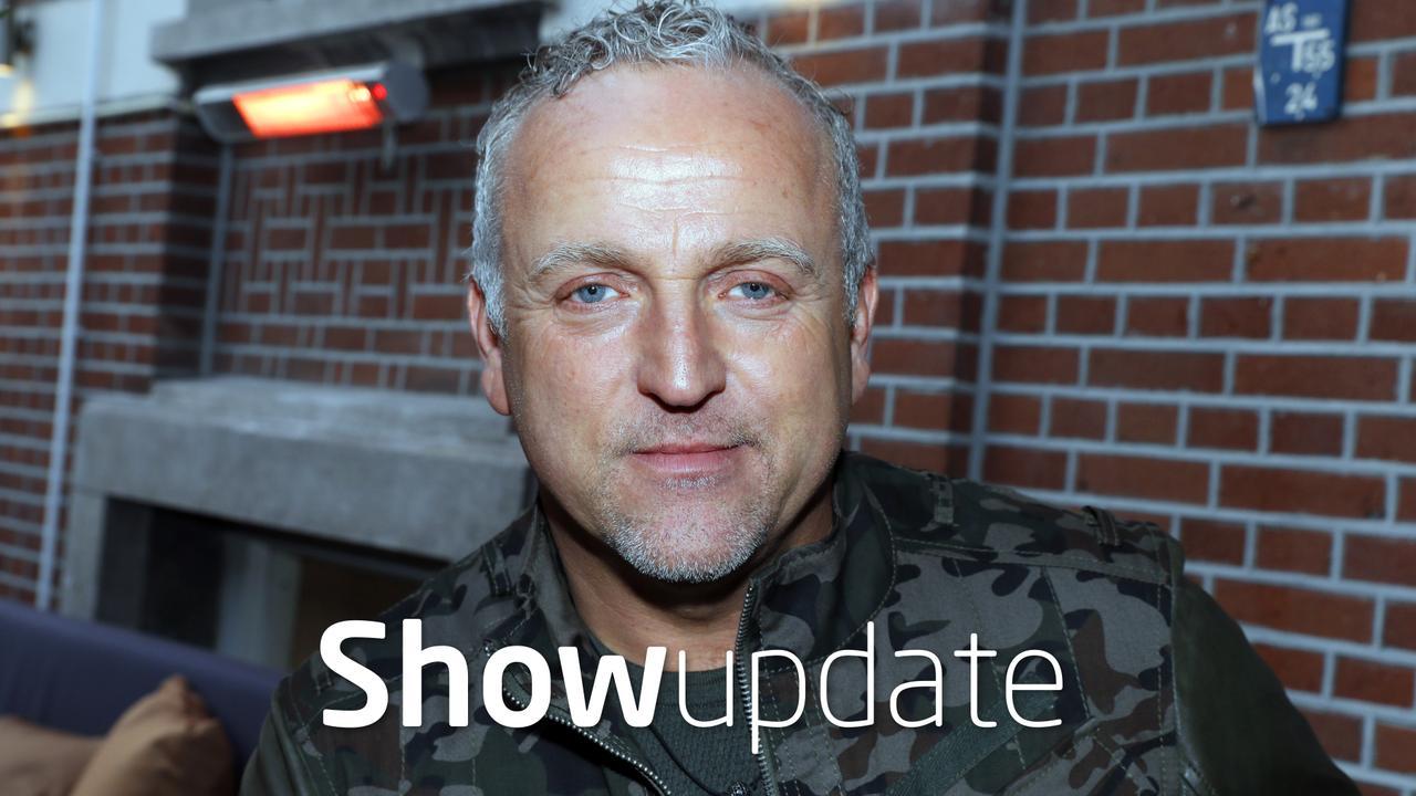 Show Update: Gordon zoenend gespot