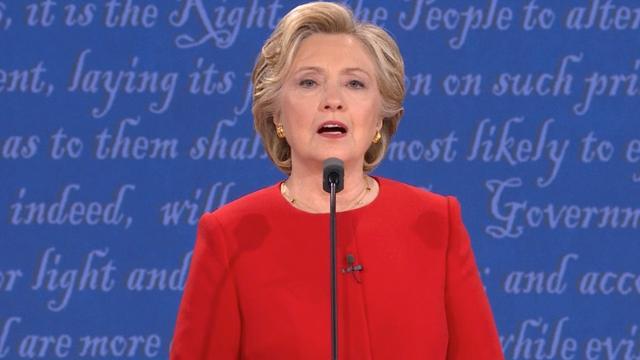 Trump en Clinton over belastingbeleid en de kredietcrisis