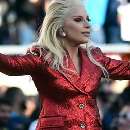 Lady Gaga oogst lof met volkslied voor aanvang Super Bowl