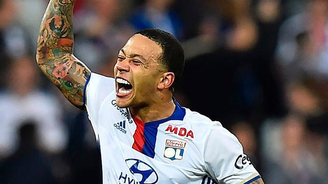 Treffer Memphis vanaf middenlijn verkozen tot mooiste goal in Frankrijk