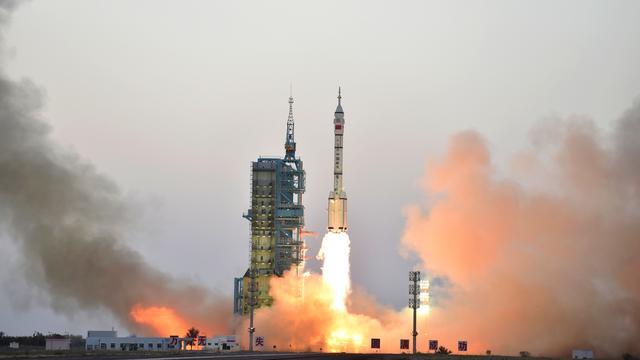 Chinezen bereiken na bijna twee dagen ruimtestation Tiangong 2