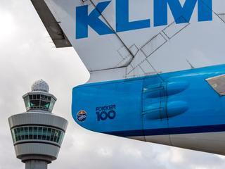 Personeel legt bij elke vlucht tussen 5.00 en 23.00 uur tien minuten het werk neer