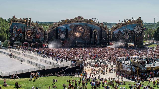 Tomorrowland bestaat tot 2033 uit twee weekenden