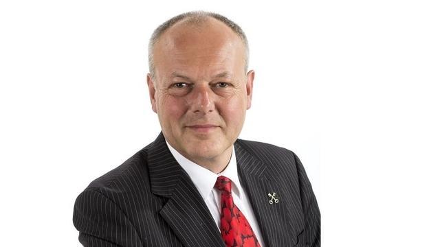 Hakketak, Francine sprak… burgemeester Henri Lenferink