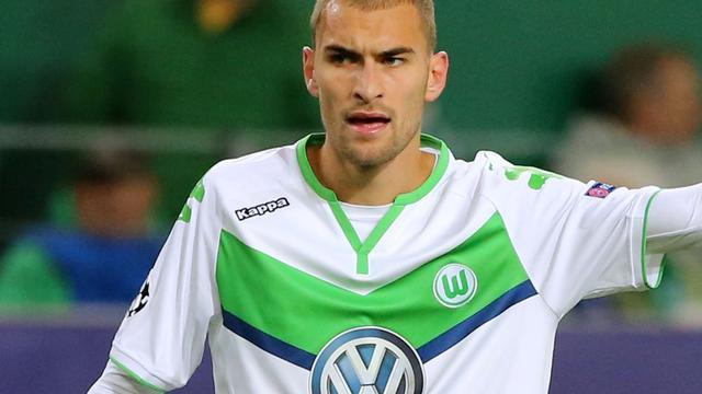Dost maakt rentree op trainingsveld Wolfsburg na zware voetblessure