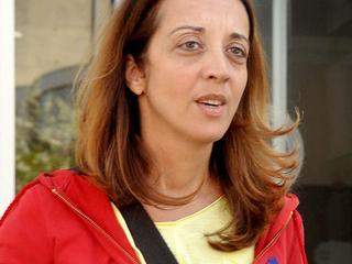 Zaak columniste aangehouden tot november