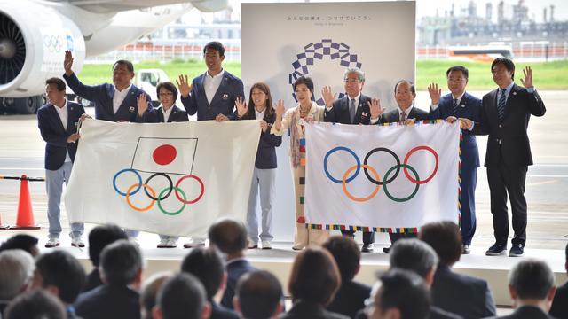 Olympische vlag aangekomen in Tokio