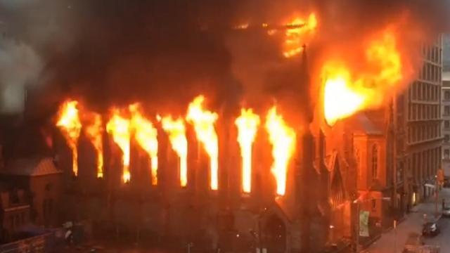 Kerk volledig uitgebrand in New York