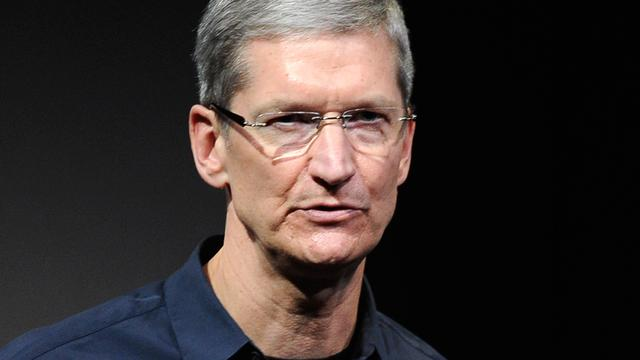 Apple-ceo Tim Cook verdiende 10,3 miljoen dollar in 2015