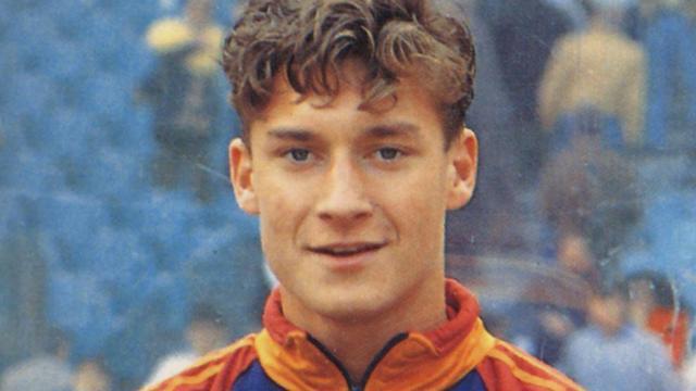 40-jarige Totti stopt: Drie fraaie goals