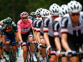 Volg de zeventiende etappe van de Ronde van Italië op de voet