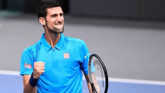 Djokovic en Murray naar kwartfinales Masterstoernooi Parijs