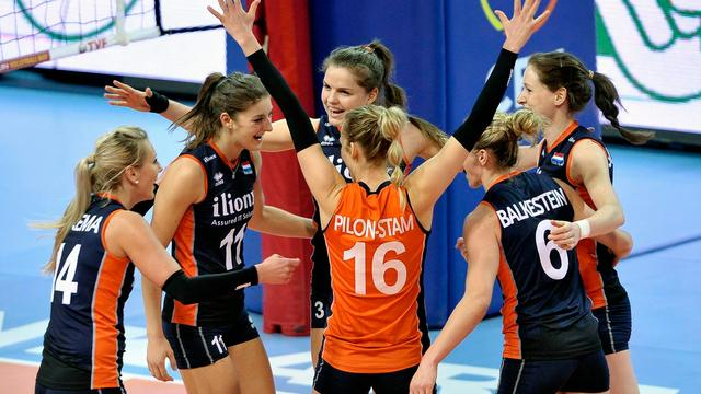 Volleybalsters geloven ondanks druk schema in plaatsing voor Rio