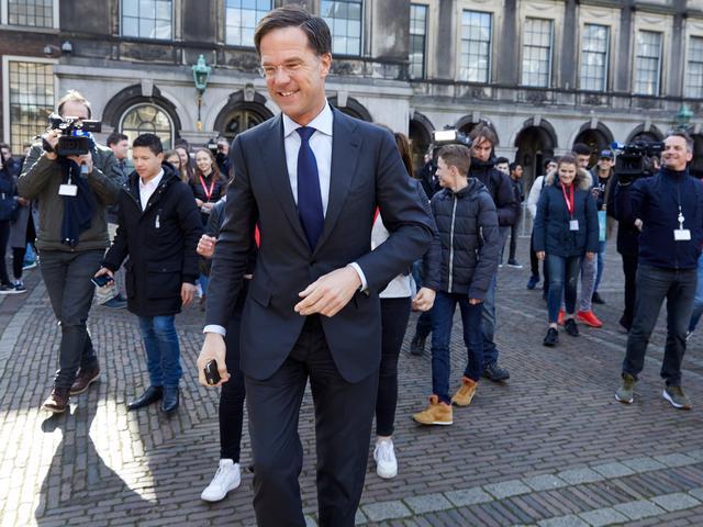 VVD, CDA, D66 en GroenLinks gaan onderhandelen over vormen coalitie