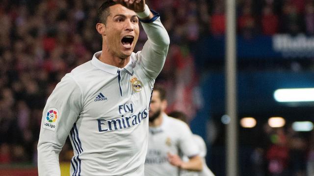 Ronaldo grote man aan zijde Real bij zege op Atletico in stadsderby