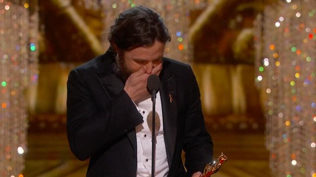 Affleck en Stone nemen Oscars voor beste acteur en actrice in ontvangst