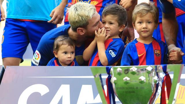 'Driejarig zoontje Messi gaat in jeugd FC Barcelona spelen'