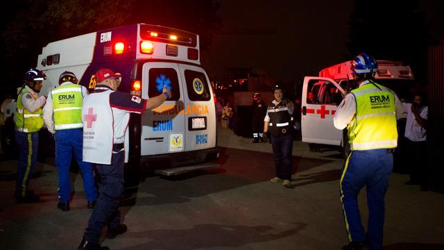 Doden en gewonden na instorten parkeergarage in Mexico-Stad