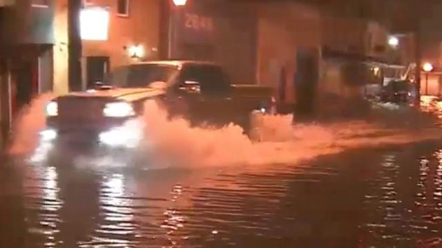 Straten in New Jersey overstroomd door zware regenval