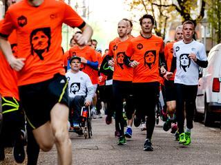 6.500 deelnemers liepen de tocht op geboortedag Johan Cruijff