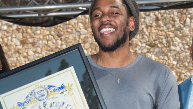 Kendrick Lamar krijgt sleutels van stad Compton