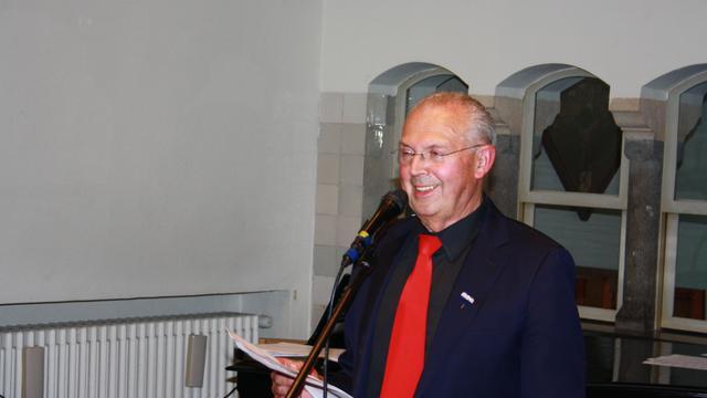 Gerard de Waardt al veertig jaar beiaardier in Tholen en Sint Maartensdijk