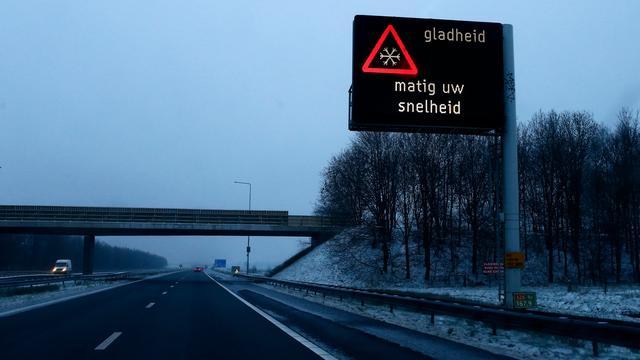 Noordelijke snelwegen grotendeels weer ijsvrij