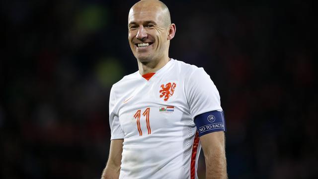 Robben en Schaars maken rentree in voorselectie Nederlands elftal