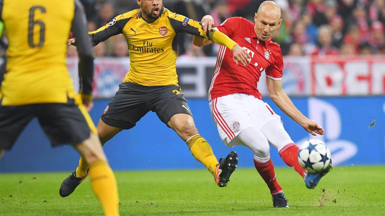 Robben schiet op wonderschone wijze raak tegen Arsenal