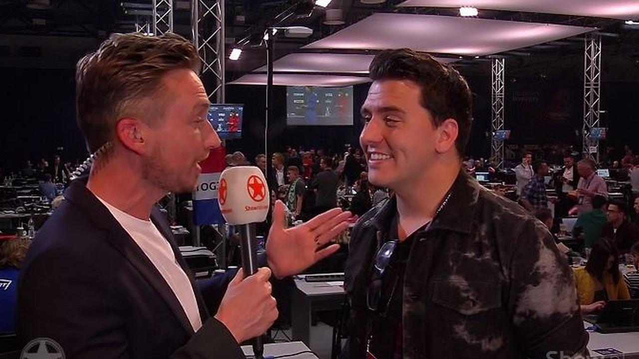 Songfestivalcommentator Jan Smit: Het zal toch niet...?!
