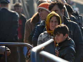 'Alleen op dinsdag al tweeduizend migranten geteld'