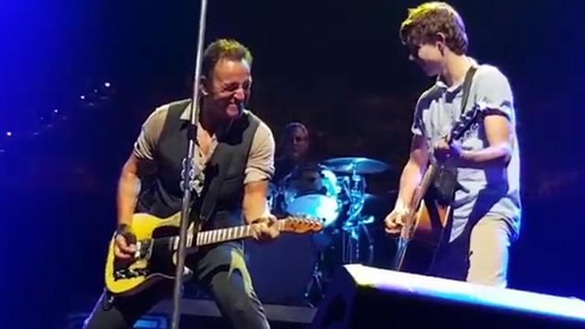 Tiener steelt show bij concert Bruce Springsteen in Brisbane