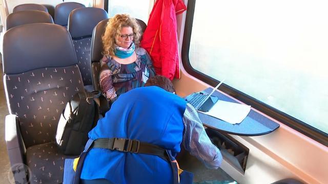 Helft minder afval door meereizende schoonmakers in trein