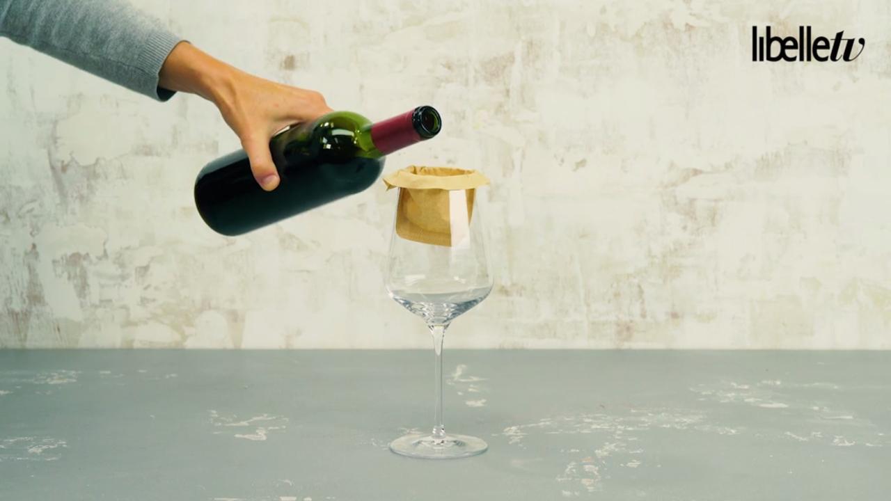 Zo heb je nooit meer last van kurk in je glas wijn