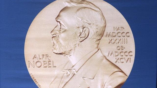 Bekendmaking Nobelprijs voor de Literatuur, zaak ex-voorman No Surrender