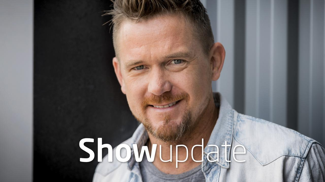 Show Update: Johnny de Mol emotioneel