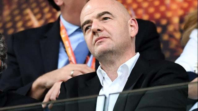 FIFA-voorzitter Infantino ergert zich aan verhalen over salaris