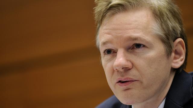 Ecuador vraagt Verenigd Koninkrijk om vrijgeleide voor Assange
