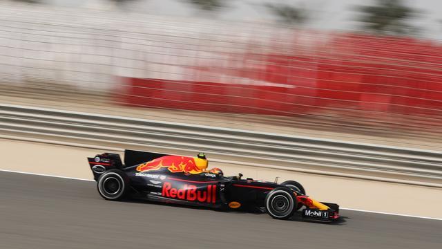 Verstappen klokt snelste tijd in de laatste vrije training in Bahrein