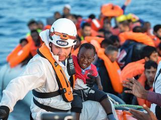 Na deal met Turkije nam aantal vluchtelingen drastisch af