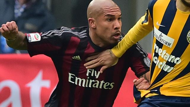 AC Milan zonder De Jong tegen Frosinone door schorsing