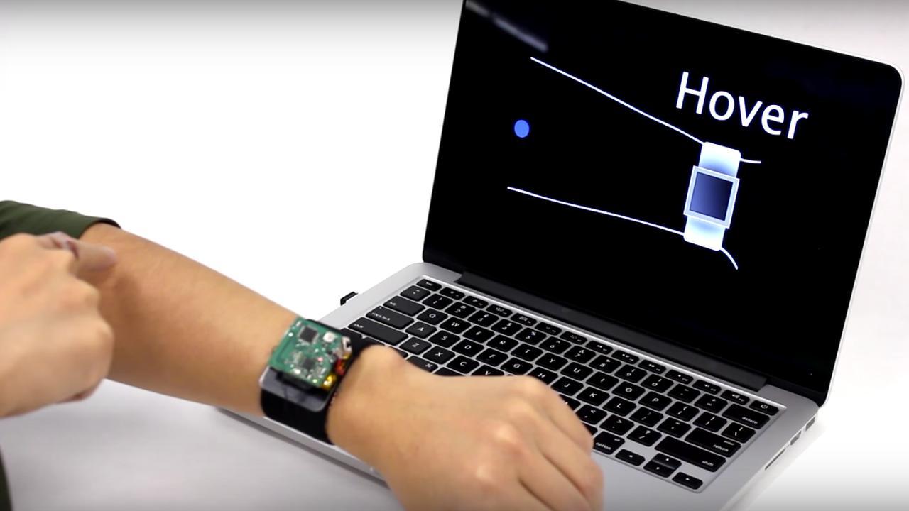 Arm te gebruiken als touchscreen voor smartwatch